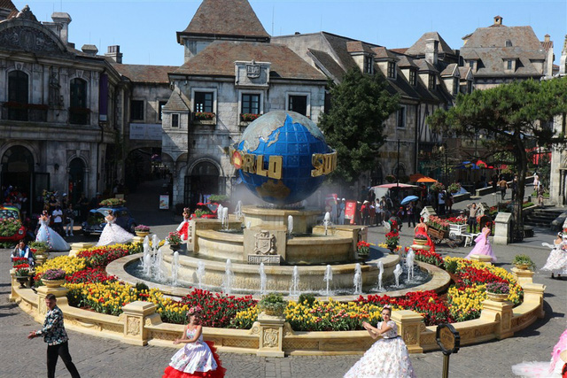 Lễ hội hoa tulip lớn nhất Việt Nam tại Sun World Ba Na Hills - Ảnh 1.