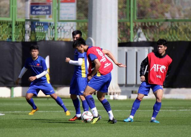 ĐT Việt Nam trở lại sân tập, Duy Mạnh khẳng định: Chúng tôi vẫn sẽ chơi hết mình - Ảnh 10.