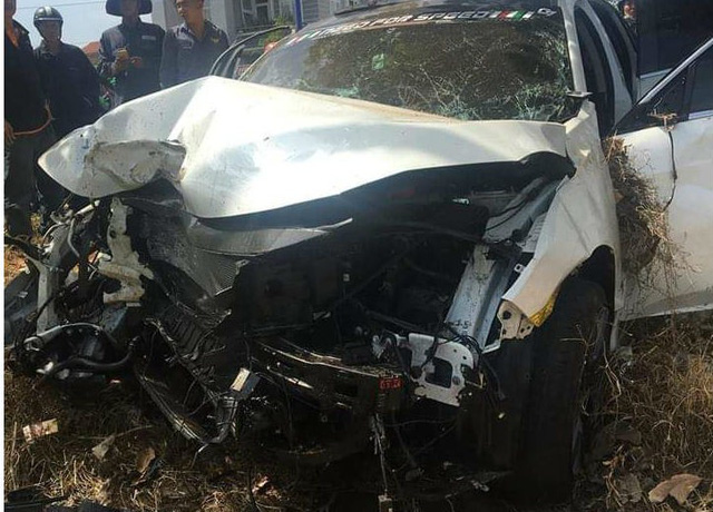 Hai ô tô tông nhau trên quốc lộ, người bán dưa hấu ở vỉa hè tử vong - Ảnh 2.
