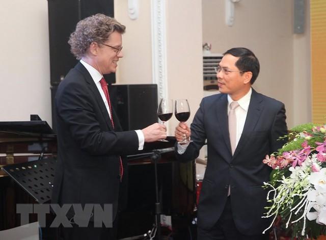 Đại sứ Thụy Điển tin tưởng vào tương lai hợp tác tươi sáng với Việt Nam - Ảnh 1.