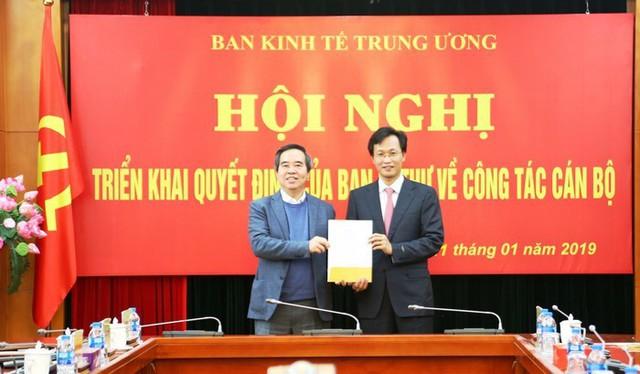 Ông Nguyễn Hữu Nghĩa được bổ nhiệm Phó trưởng Ban Kinh tế Trung ương - Ảnh 1.