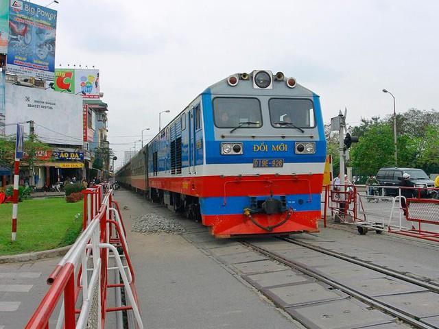 Sau sụt giảm chạm đáy năm 2018, Ngành Đường sắt Việt Nam kỳ vọng bứt phá trong 2019 - Ảnh 1.