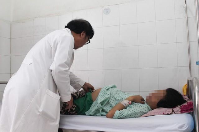 Thai phụ 30 tuần đau ruột thừa, bác sĩ chẩn đoán chuyển dạ - Ảnh 1.