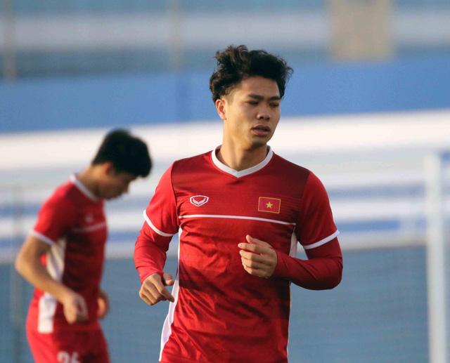 Bóng đá Việt Nam: Giấc mơ xuất ngoại cầu thủ Việt sẽ không dừng lại ở các CLB châu Á - Ảnh 1.