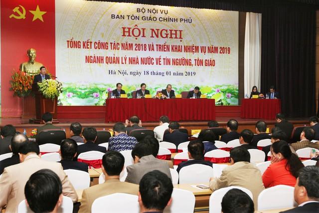 Phó Thủ tướng: Các tôn giáo đồng hành cùng dân tộc sẽ đem lại sự ổn định, hoà bình cho đất nước - Ảnh 2.