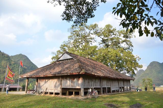 Độc đáo ngôi đình cổ mang kiến trúc nhà sàn truyền thống của dân tộc Tày ở Lạng Sơn - Ảnh 4.