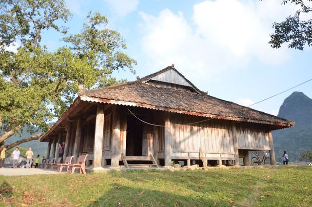 Độc đáo ngôi đình cổ mang kiến trúc nhà sàn truyền thống của dân tộc Tày ở Lạng Sơn - Ảnh 5.