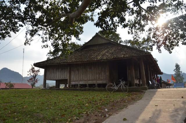 Độc đáo ngôi đình cổ mang kiến trúc nhà sàn truyền thống của dân tộc Tày ở Lạng Sơn - Ảnh 14.