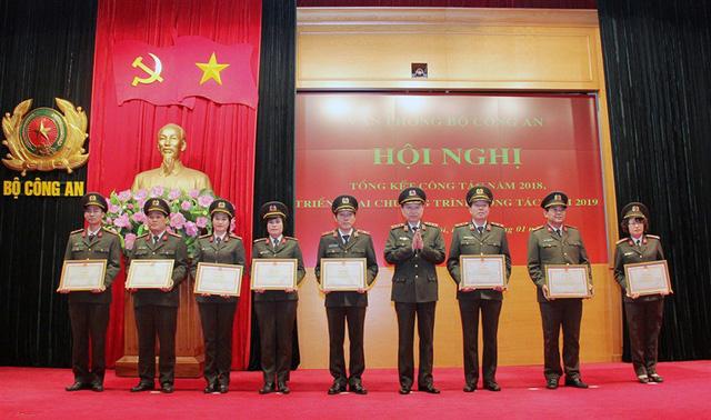 Văn phòng Bộ Công an cần thực hiện tốt chức năng Người Phát ngôn của Bộ - Ảnh 3.