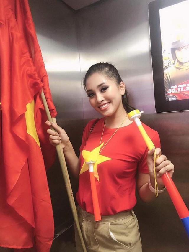 Sao Việt đi bão chúc mừng đội tuyển Việt Nam vào tứ kết Asian Cup 2019 - Ảnh 4.