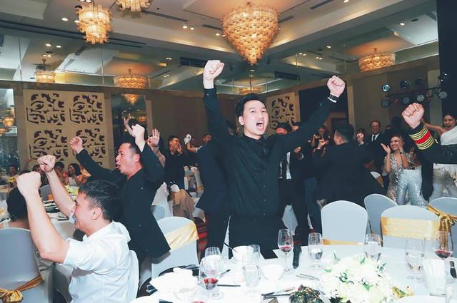 Sao Việt đi bão chúc mừng đội tuyển Việt Nam vào tứ kết Asian Cup 2019 - Ảnh 7.
