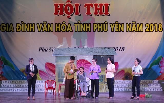 Xây dựng nhân cách người Việt Nam từ giáo dục đạo đức, lối sống trong gia đình - Ảnh 1.
