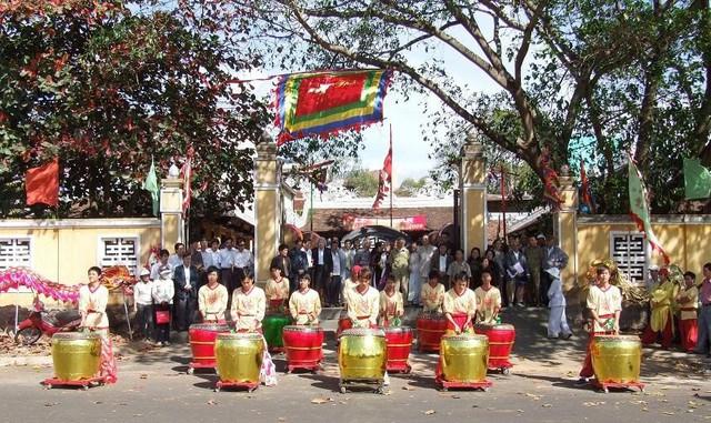 Đặc sắc Hội Xuân Kỷ Hợi 2019 tại Di tích lịch sử văn hóa Đình Lạc Giao - Ảnh 1.