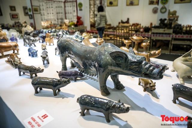 """Chiếm ngưỡng gần 2.000 chú """"Lợn sung túc"""" của nhà sử học Dương Trung Quốc - Ảnh 3."""