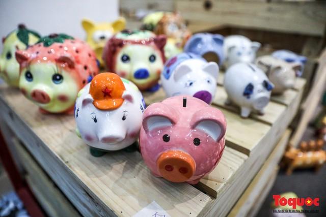 """Chiếm ngưỡng gần 2.000 chú """"Lợn sung túc"""" của nhà sử học Dương Trung Quốc - Ảnh 5."""