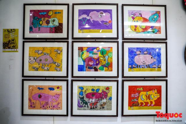 """Chiếm ngưỡng gần 2.000 chú """"Lợn sung túc"""" của nhà sử học Dương Trung Quốc - Ảnh 15."""