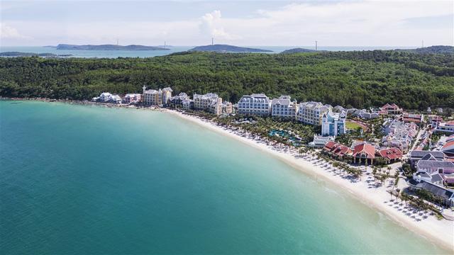 Khu nghỉ dưỡng đẳng cấp bậc nhất đảo Ngọc tung gói ưu đãi siêu hấp dẫn dịp Tết - Ảnh 1.