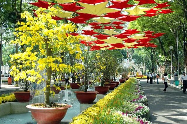 Trưng bày hơn 800 tác phẩm tại Hội Hoa Xuân Nha Trang - Khánh Hòa  - Ảnh 1.