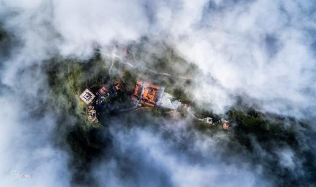 Fansipan - ngọn núi huyền tích, sự ích kỷ và giấc mơ chinh phục đỉnh trời - Ảnh 6.