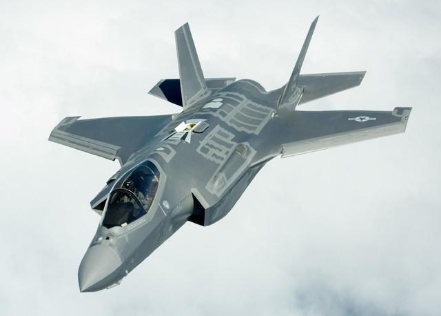 Thách đấu tàng hình: F-35 khai màn chạy đua khí tài sát thương châu Á? - Ảnh 1.