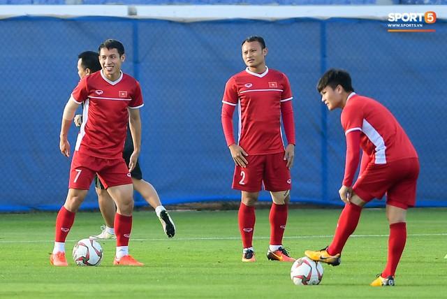 Chuyện giờ mới kể: Tuyển Việt Nam từng bị gián điệp Jordan theo dõi ở Asian Cup 2019 - Ảnh 1.