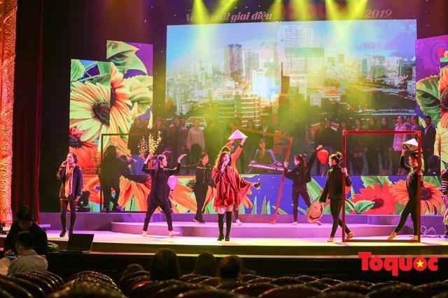 Chùm ảnh: Nghệ sĩ đã sẵn sàng cho chương trình nghệ thuật đặc biệt Vang mãi giai điệu Tổ Quốc 2019 - Ảnh 8.