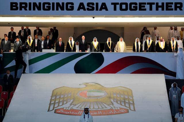 Những hình ảnh hoành tráng tại lễ khai mạc Asian Cup 2019 - Ảnh 3.