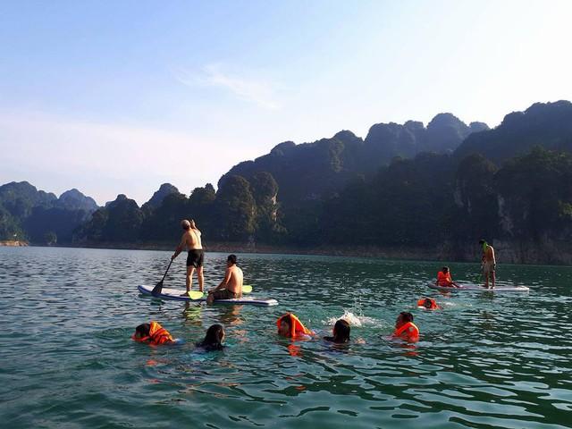 Vẻ đẹp của vịnh Hạ Long trên cạn, hồ Na Hang - Ảnh 3.