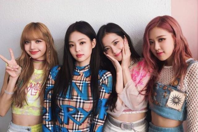 Blackpink trở thành nhóm nhạc nữ đầu tiên của K-pop biểu diễn tại lễ hội Coachella - Ảnh 1.