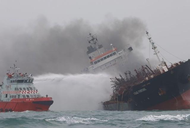 Cập nhật mới nhất về bảo hộ công dân tàu Việt Nam gặp nạn ở Hồng Kông - Ảnh 1.