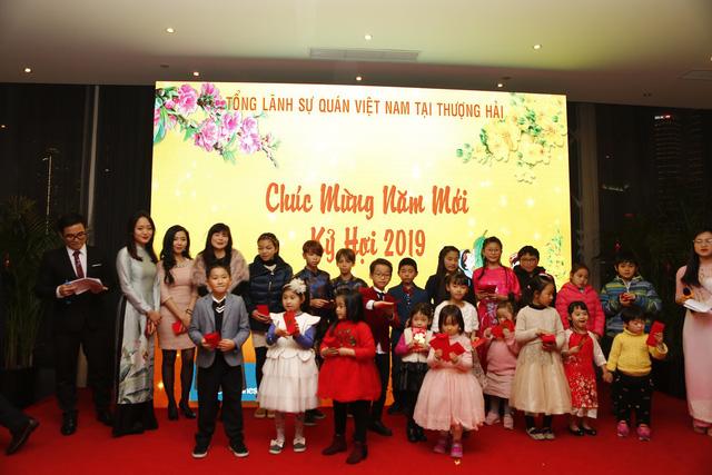 Rộn ràng sắc xuân sớm trong cộng đồng người Việt tại Thượng Hải - Ảnh 5.