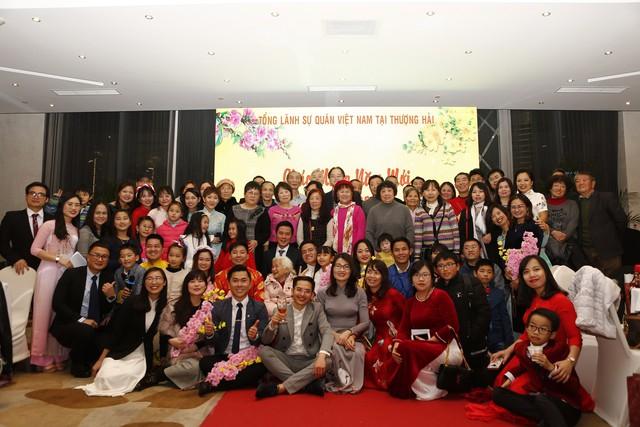 Rộn ràng sắc xuân sớm trong cộng đồng người Việt tại Thượng Hải - Ảnh 8.