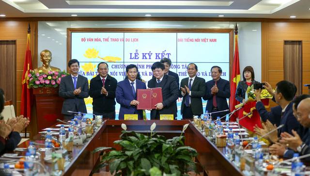 Ký kết hợp tác giữa Bộ Văn hóa, Thể thao và Du lịch và Đài Tiếng nói Việt Nam - Ảnh 3.