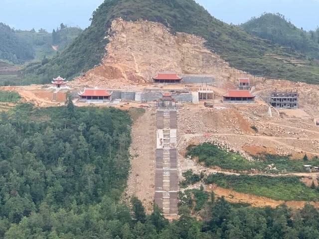 Bộ VHTTDL: Dự án Khu du lịch sinh thái văn hóa tâm linh Lũng Cú và Thang máy ở Đồng Văn chưa tuân thủ Quy hoạch của Chính phủ và ý kiến của Bộ - Ảnh 1.