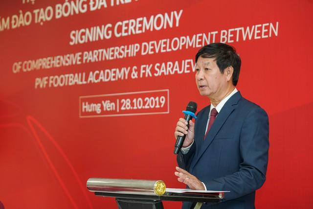 PVF và CLB FK Sarajevo ký thỏa thuận hợp tác phát triển toàn diện - Ảnh 1.