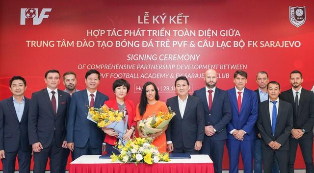 PVF và CLB FK Sarajevo ký thỏa thuận hợp tác phát triển toàn diện - Ảnh 3.