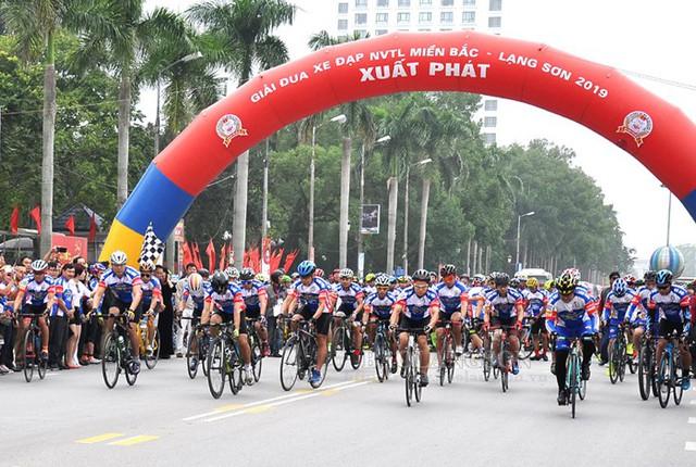 Giải đua xe đạp Nối vòng tay lớn miền Bắc – Lạng Sơn 2019 - Ảnh 1.