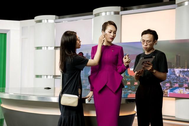 Á hậu Thụy Vân tiết lộ lý do không được phép mặc đồ hở trên VTV - Ảnh 7.