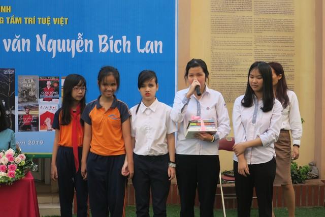 Giao lưu với dịch giả, nhà văn Nguyễn Bích Lan - Ảnh 3.