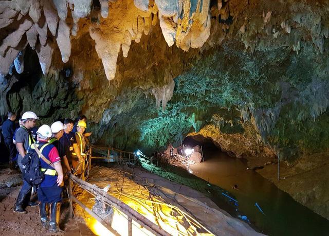 Từ 1/11, hang Tham Luang chính thức mở cửa đón khách du lịch  - Ảnh 1.