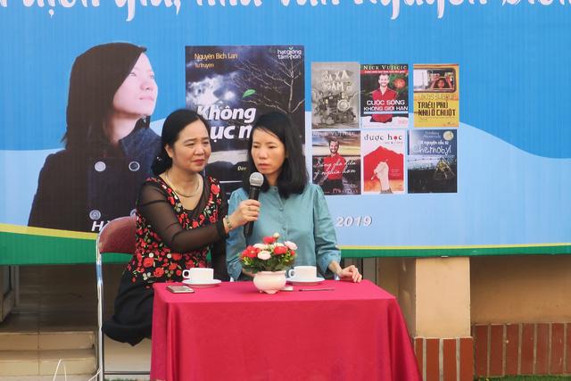 Giao lưu với dịch giả, nhà văn Nguyễn Bích Lan - Ảnh 1.