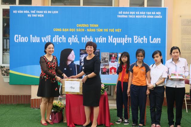 Giao lưu với dịch giả, nhà văn Nguyễn Bích Lan - Ảnh 5.