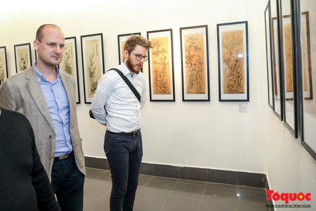 """Khai mạc triển lãm """"Tranh dân gian Đông hồ xưa và nay"""": Trưng bày hơn 100 hiện vật của tranh dân gian Đông Hồ - Ảnh 12."""