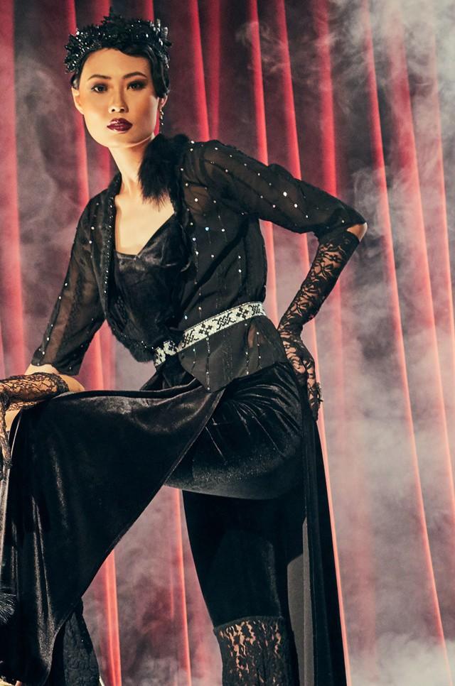 Quán quân Next Top Model Mai Giang mặc áo dài lấy cảm hứng từ tuxedo  - Ảnh 5.