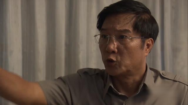 """NSND Khải Hưng tức giận khi Việt Anh đang quay phim bỏ đi """"đập mặt, đập mũi"""" - Ảnh 4."""