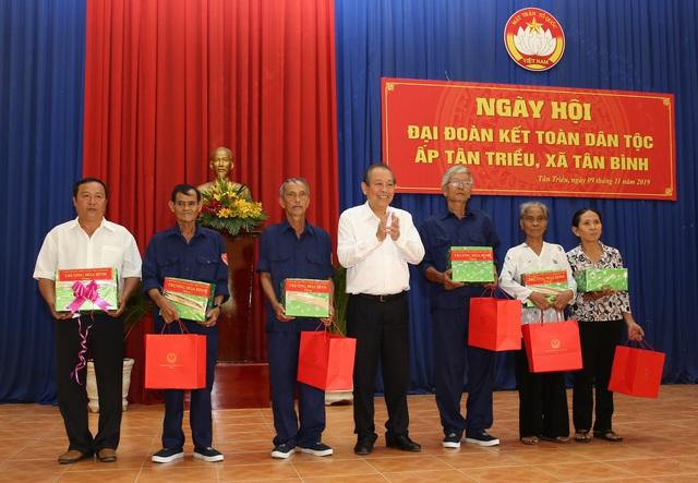 Phó Thủ tướng Trương Hòa Bình dự Ngày hội Đại đoàn kết toàn dân tộc tại Đồng Nai - Ảnh 2.