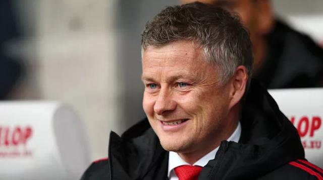 """Ai là tài năng trẻ khiến Manchester United bị đẩy vào cuộc đua """"gắt"""" với Barcelona? - Ảnh 1."""