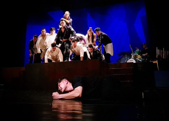 """Nhà hát Tuổi trẻ ra mắt vở kịch """"Romeo và Juliet"""" do đạo diễn nổi tiếng người Áo dàn dựng - Ảnh 1."""