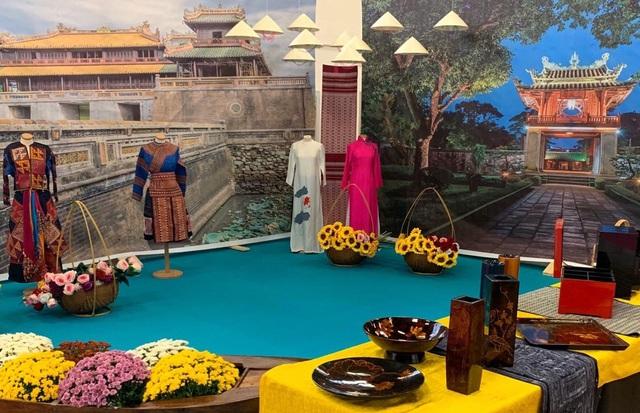 Văn hóa, nhạc cụ, múa rối nước Việt Nam thu hút khách tham quan tại Italy - Ảnh 3.