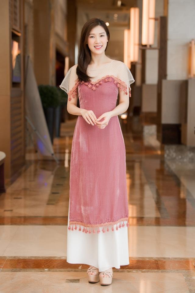 Hoa hậu Ngô Phương Lan kể chuyện bị tiền sản giật, ngủ ngồi 3 tháng liền - Ảnh 13.